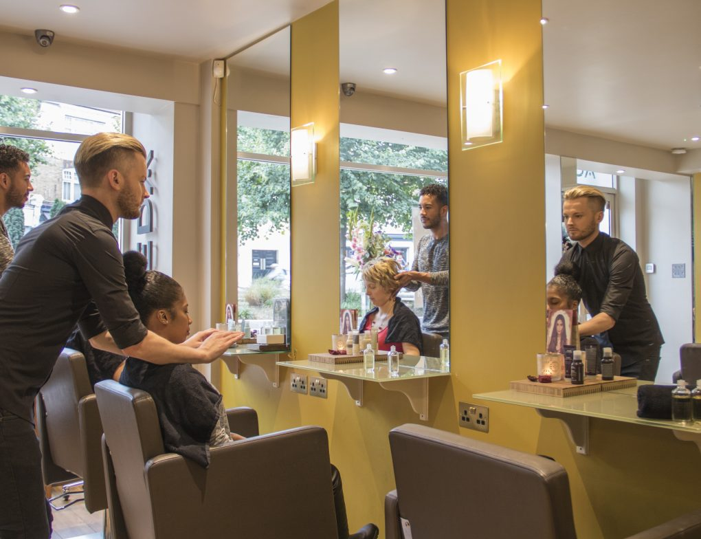 hairdresser streatham Hair Style with Masssage