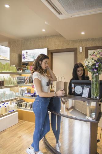 hairdressers streatham frontline